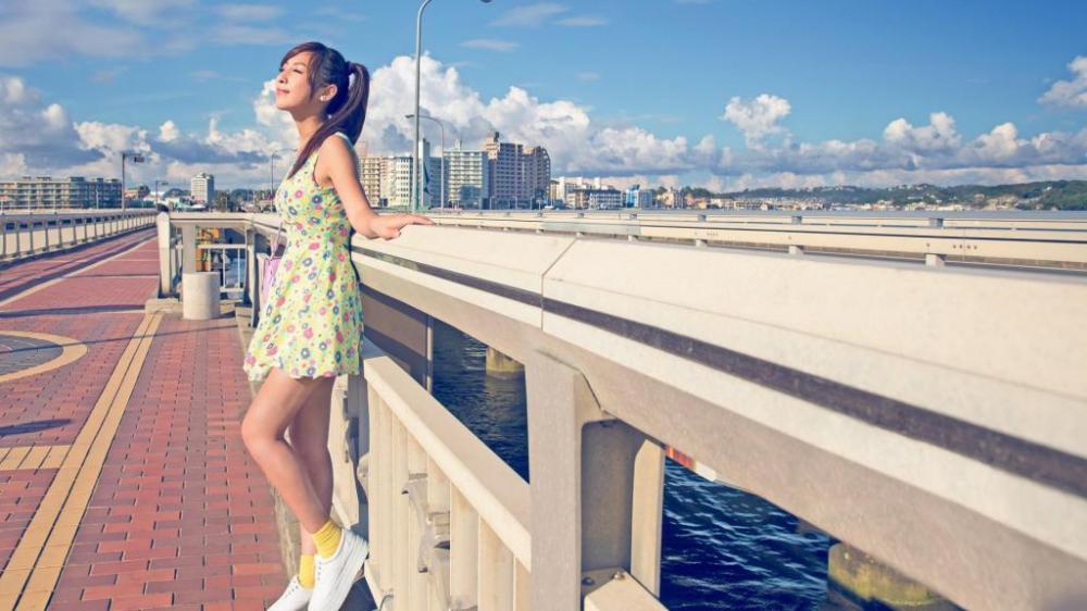 city-summer-sun-girl-dress-lovely-beautiful